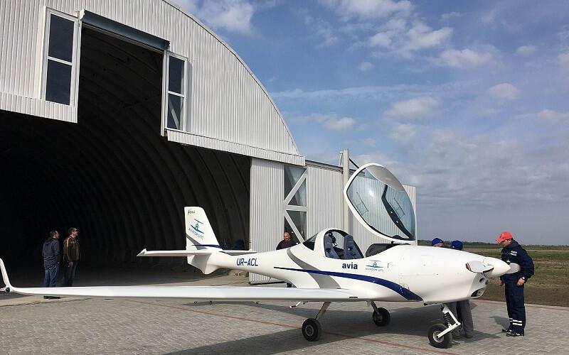 навчальний політ на літаку