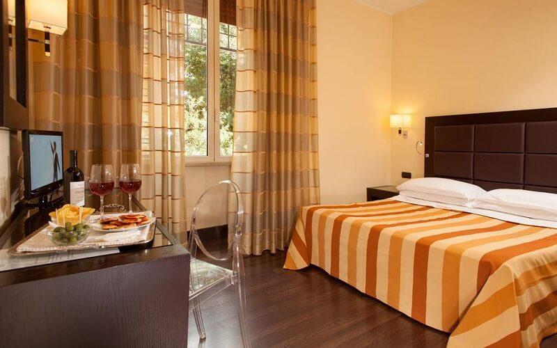 Buenos Aires Hotel 3*, Рим