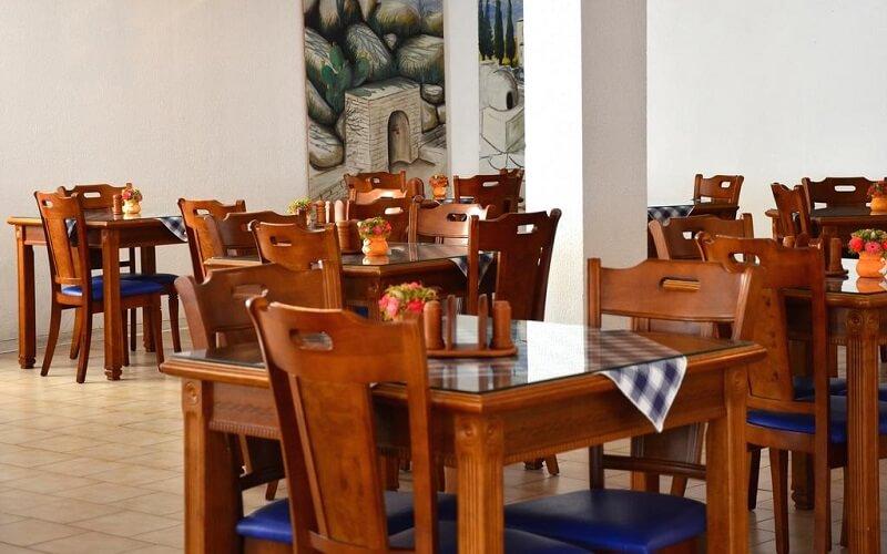 ресторан в отеле Larco Hotel 2*, Ларнака, Кипр