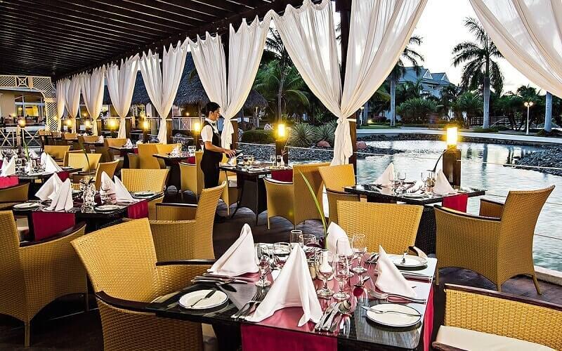 Ресторан в отеле Melia Peninsula Varadero 5*, Куба