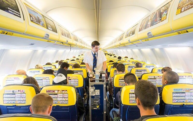 борт самолёта Ryanair
