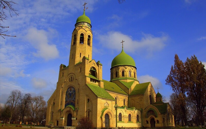 Покровская церковь в Умани