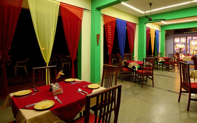 Ресторан в готелі Alagoa Resort 2*, Південний Гоа