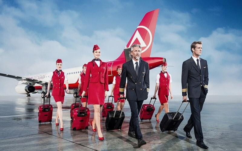 персонал авиакомпании AtlasGlobal