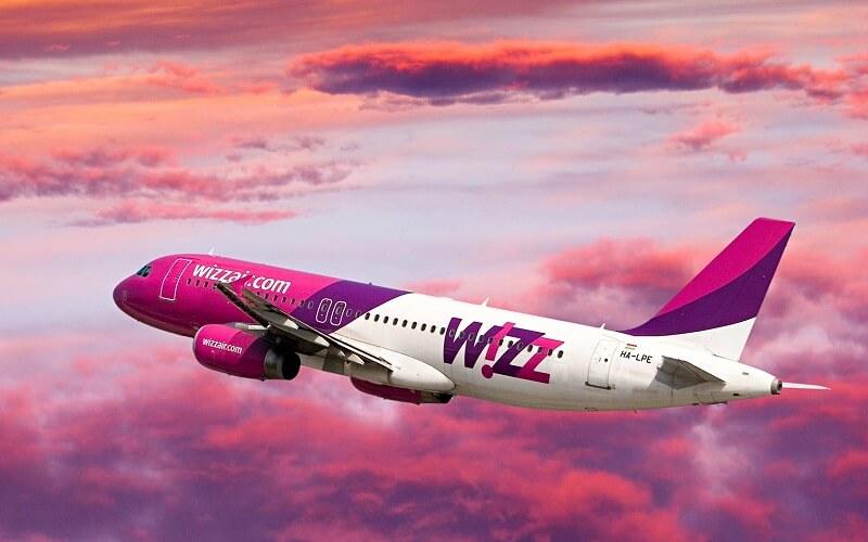 літак авіакомпанії WizzAir