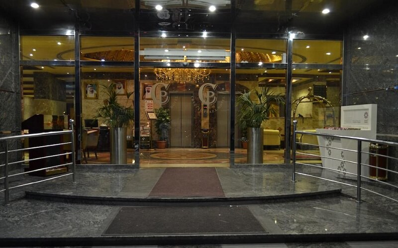 Crystal Plaza Hotel Sharjah 2*, Шарджа, ОАЕ