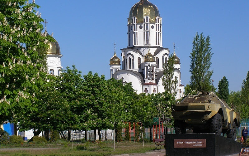 Дарница район Киева