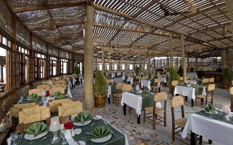 Ресторан у готелі Dreams Beach Resort 5*, Єгипет