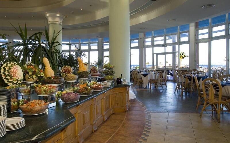 Ресторан готелю Magawish Village & Resort 4*, Хургада, Єгипет