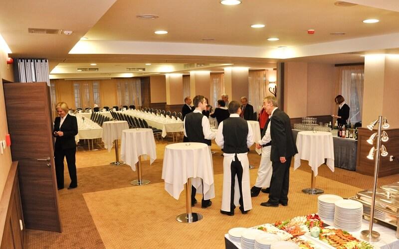 Ресторан в Medosz Hotel 3, Будапешт