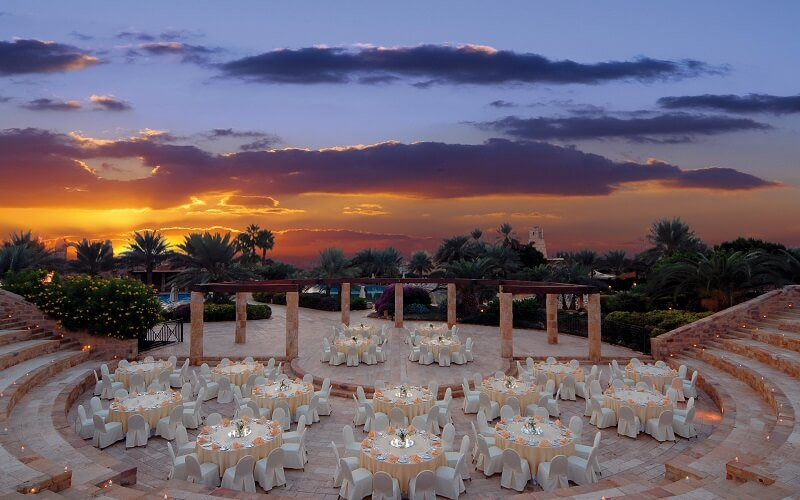 Ресторан в отеле Movenpick Dead Sea Resort & SPA 5*, Мертвое море