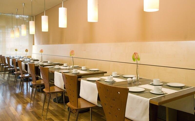Ресторан в отеле NH Munchen City Sud 3*, Мюнхен, Германия