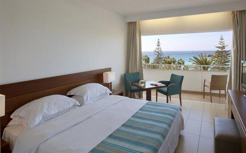 Номер в готелі Nissi Beach Resort 4*, Кіпр