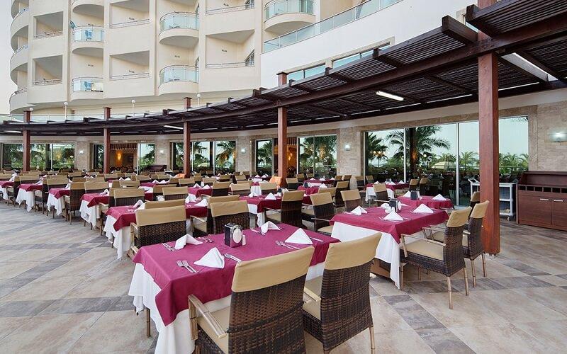 Ресторан готелю Saphir Resort & Spa 5*, Аланья