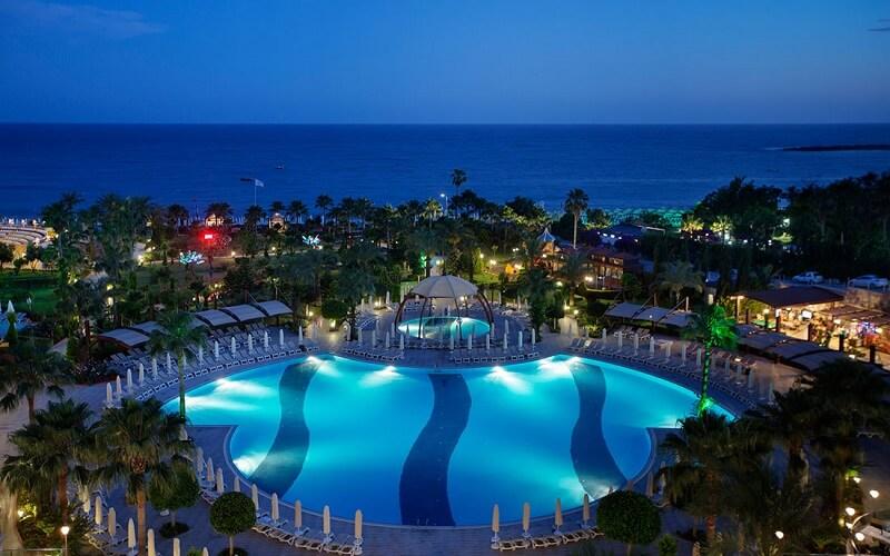 Горящий тур в Турцию, отель Saphir Resort & Spa 5*, Аланья