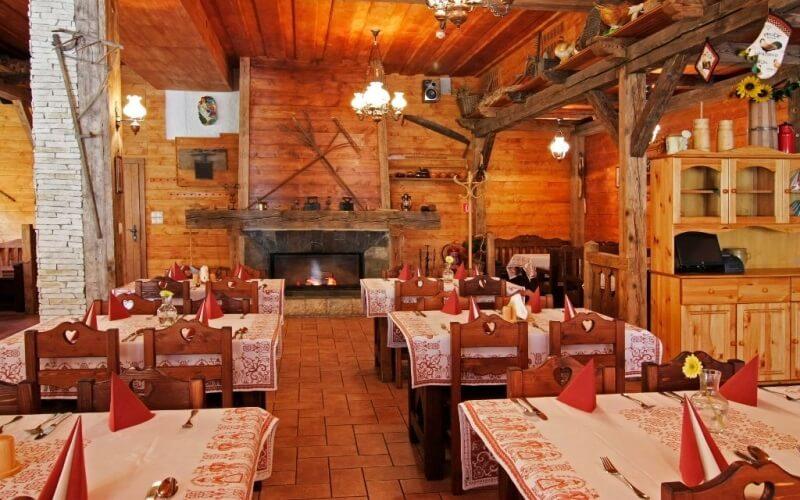 Ресторан в готелі Ski & Wellness Residence Druzba 4*, Ясна, Словаччина