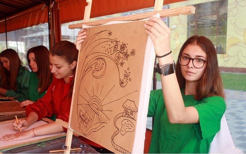Творчість в Артек-Буковель