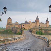 Кам'янець-Подільський: що подивитися і фестиваль повітряних куль