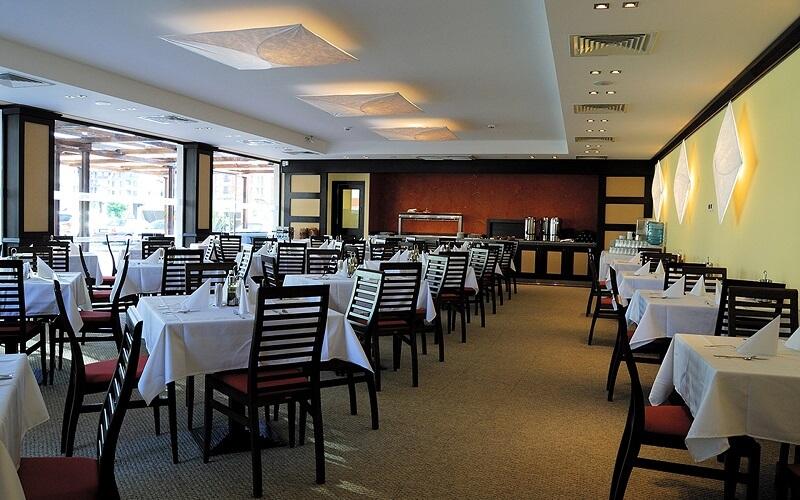 Ресторан в отеле Леон 4, Солнечный берег