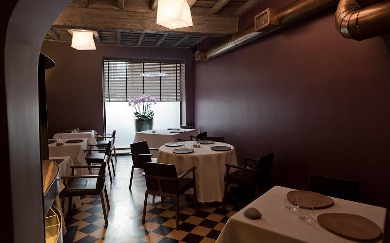 Интерьер ресторана Pagliaccio, Рим