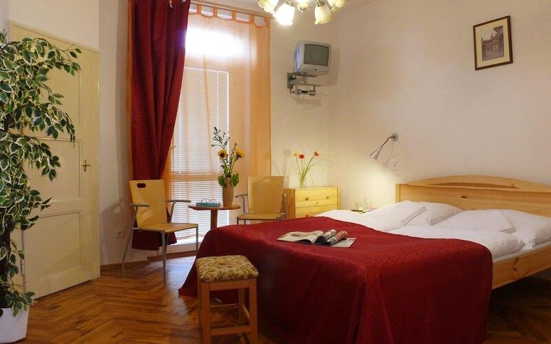 Номер в отеле Pension Europa 3*, Прага, Чехия