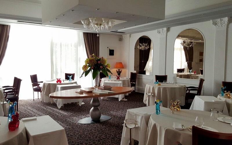 Інтер'єр ресторану Perbellini in Isola Rizza, Верона