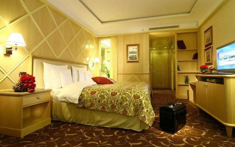 Номер у готелі Splendid 5*, Чорногорія