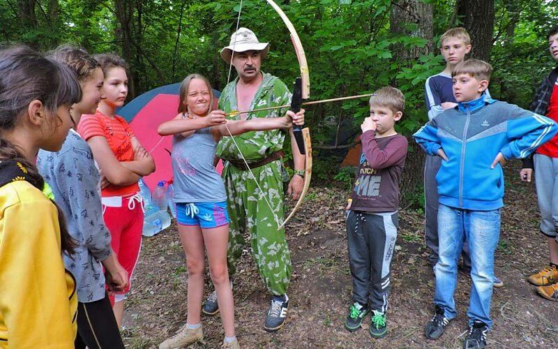 Стрільба з лука в наметовий табір «Мандрівник - еколог»