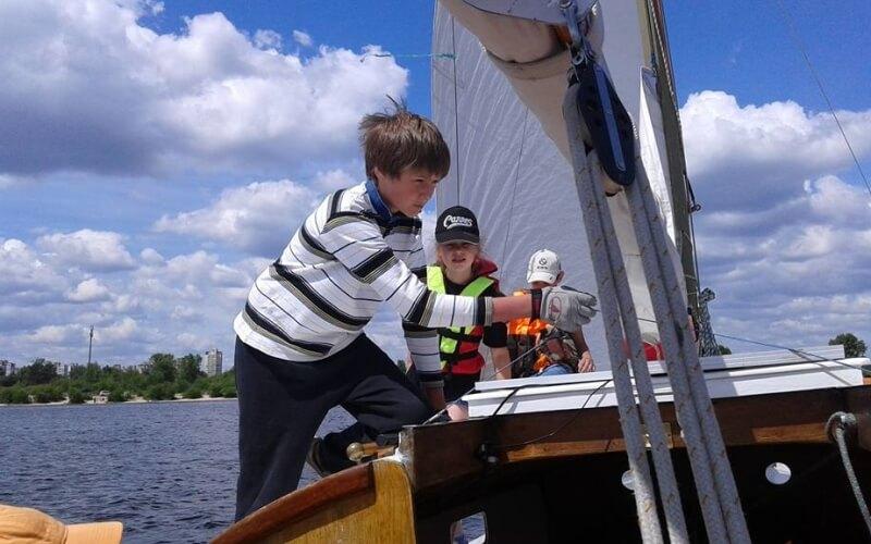 Керування яхтою, Дитячий табір Salo-Мандри