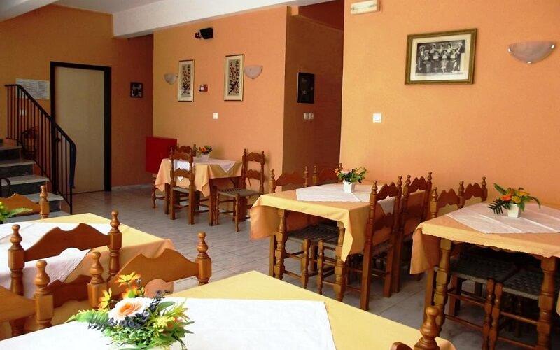 Ресторан в Perama Hotel 2*, о. Корфу, Греция