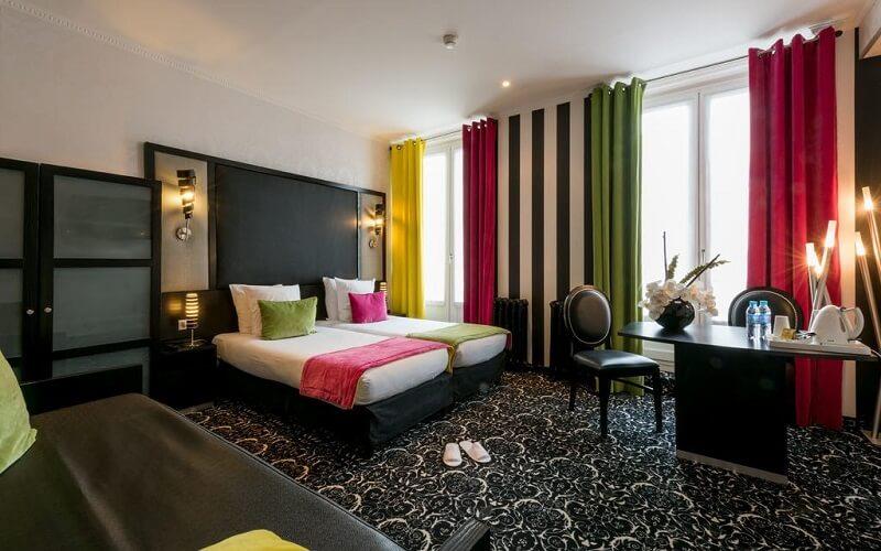 Номер в Peyris Opera Hotel 3*, Париж, Франція
