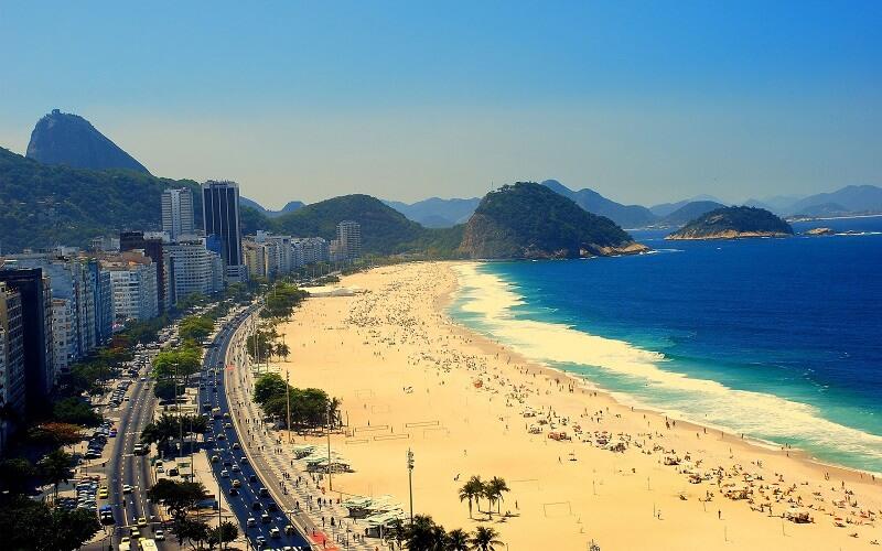 Бразилия, Рио-де-Жанейро, пляж Копакабана