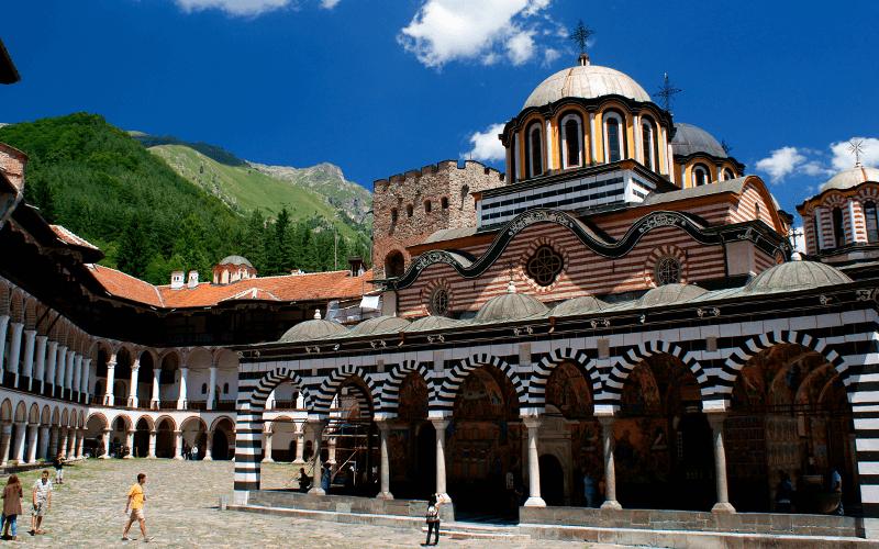 Рильский монастырь в Болгарии
