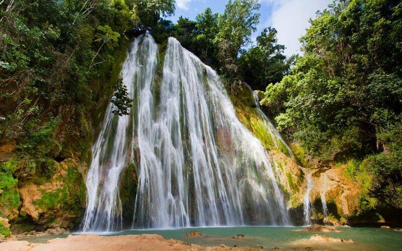 Доминикана, водопад