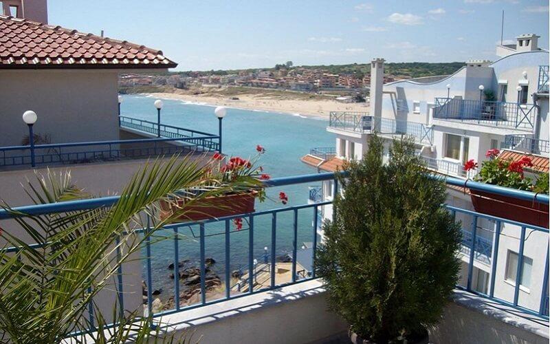 Вигляд з балкона готель «Тайм Аут» 3*, Созополь, Болгарія