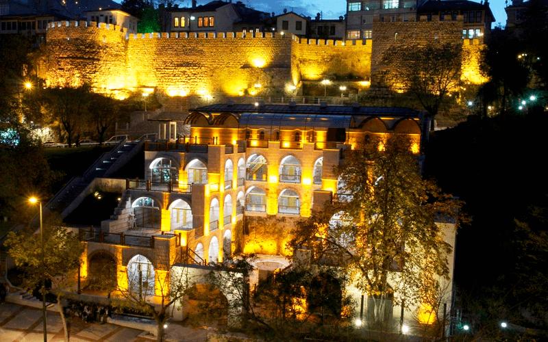 Бурса — крупный город на северо-западе Анатолии