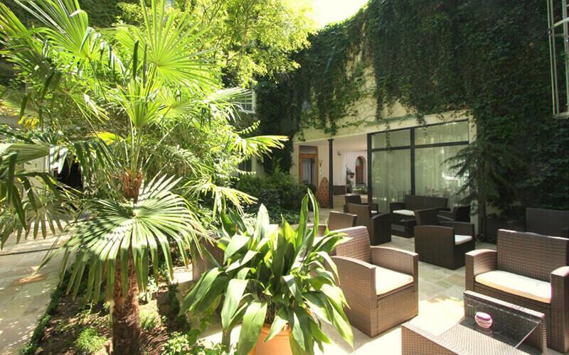 Сад в Boutiquehotel Stadthalle 3*, Відень, Австрія
