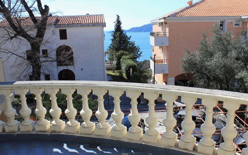 Балкон у Luka Kaladjurdjevic 3*, Пржно, Чорногорія