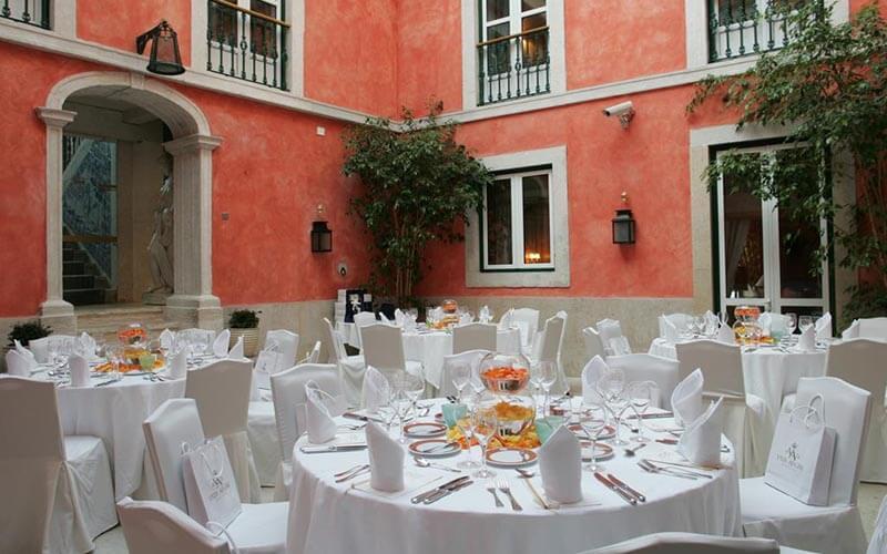 ресторан, готель Real Palacio 5*, Лісабон, Португалія