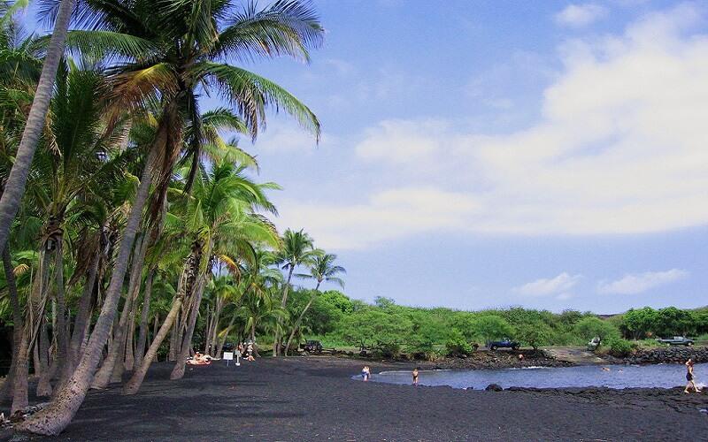 Чорний пляж Пуналуу, Гаваї