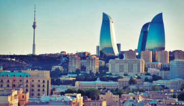 Авіапереліт Київ – Баку восени подешевшають