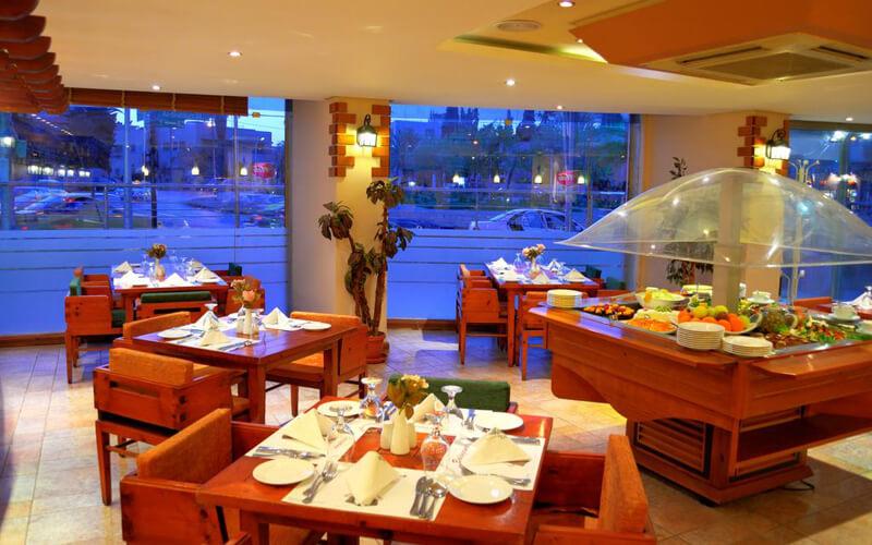 Ресторан в отеле Belle Vue 4*, Иордания, Амман
