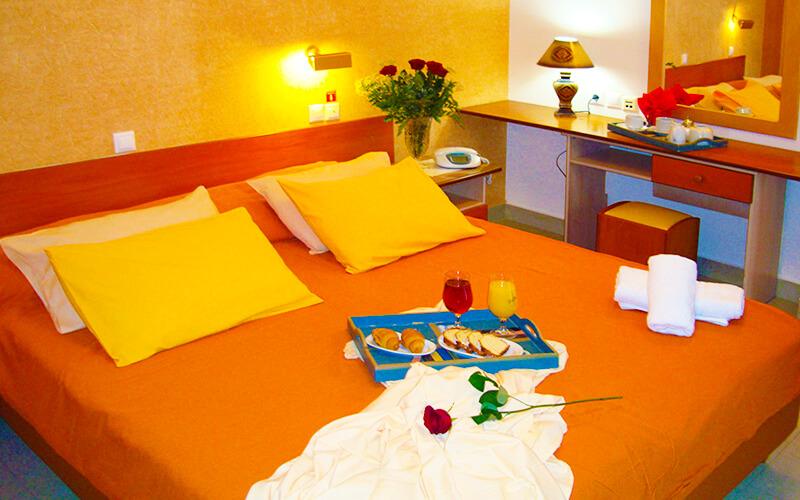 Номер, отель Mantas 3*, Лутраки, Греция
