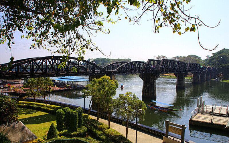 Мост через реку Квай в Таиланде