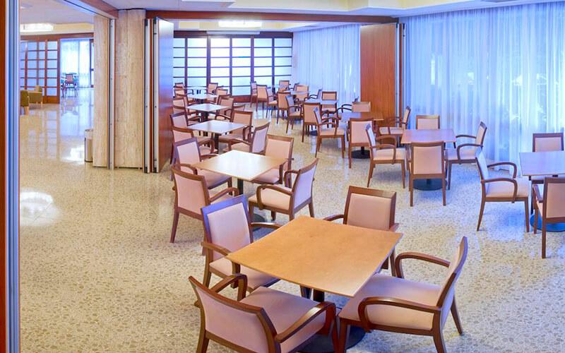 Ресторан в Oasis Park & Spa Hotel 4*, Коста Брава, Іспанія