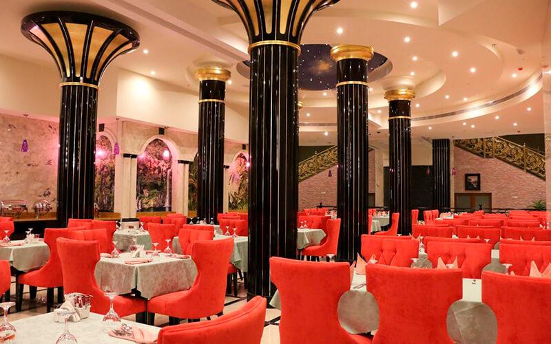 Ресторан в Red Castle Hotel 4*, Шарджа, ОАЭ