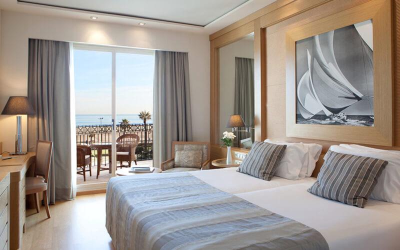 Отель в Валенсии