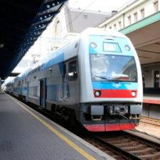 5 дополнительных поездов к праздникам