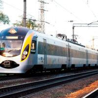 Літній потяг «Київ - Одеса» продовжено до початку вересня