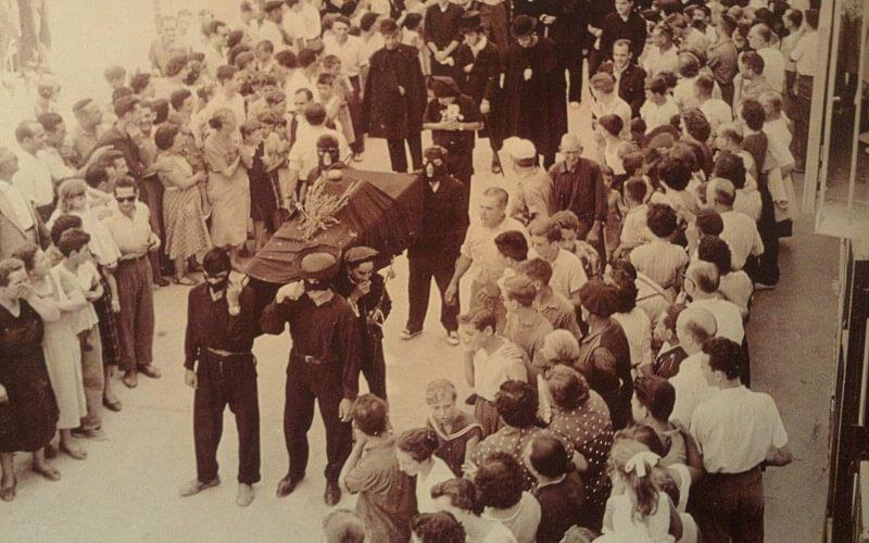 Похороны праздника Ла Томатина